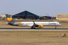 Kondor 757-300 Royaltyfri Bild