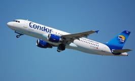 Kondor Airbus 320 Lizenzfreie Stockfotografie