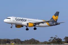 Kondor A320 auf kurzen Schlüssen Stockbild