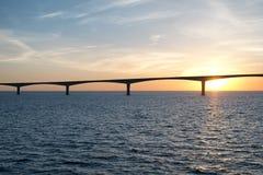 Konfederacja Przerzuca most nad zmierzchu niebem Fotografia Royalty Free