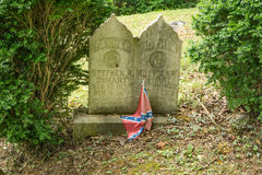 Konfederacyjny Headstone w Zaniechanym cmentarzu Obraz Royalty Free