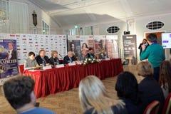 Konferencja prasowa organizatory festiwal sztuk kwadrat Zdjęcia Royalty Free