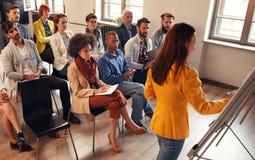 Konferencja, szkolenie, planowanie i uczenie, edukacja, biznes obraz royalty free