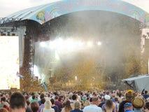 Konfettis an der Insel des Wight-Festivals Stockbild
