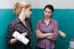 Konflikt mellan flickvänner arkivbilder