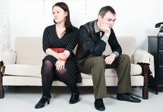 Konflikt mellan manen och kvinnan Arkivfoton