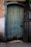 Konfrontieren Sie alte Tür Lizenzfreie Stockfotos