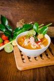 Kong del ñame de Tom o sopa de Tom yum Alimento tailandés - fritada #6 del Stir fotos de archivo