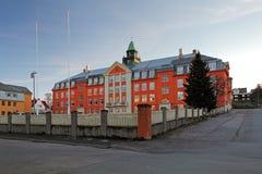 Kongsbakkenbovenleer - de middelbare school in Tromso stock afbeelding
