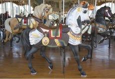 Konie na fairground Jane tradycyjnym carousel w Brooklyn Zdjęcie Stock