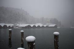 Konigssee See am Blizzard in der Winterzeit Berchtesgaden, Bayern, Deutschland Stockfotos