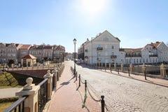 KONIN, ПОЛЬША - 20-ОЕ МАРТА 2019 Панорамный вид к квадрату свободы и старому району городка стоковая фотография rf