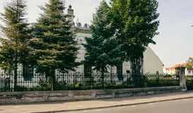 Konin Polen Den historiska synagogan av den lilla polska staden kallade Konin Större Polen landskap Arkivbilder