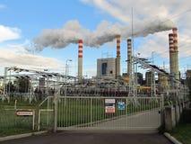 Konin, Pologne le 17 juillet 2012 : Vue sur l'usine de centrale à charbon dans Patnow photographie stock