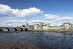 Koning John Castle in Limerick, Ierland. Royalty-vrije Stock Fotografie