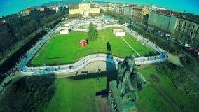 Koning Tomislav Square en standbeeld in Zagreb stock video