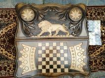 Koning van de backgammon de ORIGINELE Leeuw stock foto's