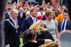 Koning Willem-Alexander en koningin Maximà ¡ van Nederland, Koning ` s Dag 2014, Amstelveen, Nederland Stock Afbeelding