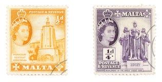 Koningin Elizabeth II op Maltese zegels Stock Afbeeldingen