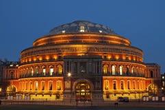 Koninklijk Albert Hall bij Schemer Stock Afbeeldingen