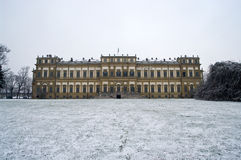 Koninklijk paleis in de winter Stock Fotografie