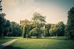 Koninklijk Park Stromovka Krà ¡ lovskà ¡ Obora Stromovka in Praag, Tsjechische Republiek Stock Afbeelding