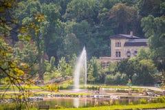 Koninklijk Park Stromovka Krà ¡ lovskà ¡ Obora Stromovka in Praag, Tsjechische Republiek Royalty-vrije Stock Afbeelding