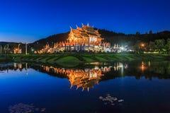 Koninklijk Paviljoen, het Koninklijke Park Rajapruek Stock Afbeeldingen