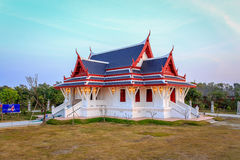 Koninklijk Thais Klooster in Lumbini stock afbeelding