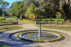 Koninklijke Botanische Tuin, Sydney, Australi? Sierfontein in Pioniers Herdenkingstuin stock foto
