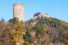 Koninklijke gotische kastelen Zebrak en Tocnik, Centraal Boheems gebied Stock Foto's
