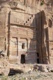 Koninklijke Graven in de oude stad van Petra, Jordanië stock fotografie