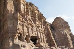 Koninklijke Graven in de oude stad van Petra, Jordanië royalty-vrije stock foto's