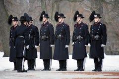 Koninklijke Wachten in Royal Palace in Oslo, Noorwegen Stock Afbeelding