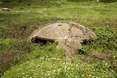 Konkret bunker i Durres albacoren arkivbild