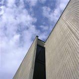Konkret byggnad Arkivfoton