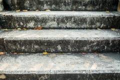 konkret gammal trappa Fotografering för Bildbyråer