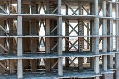 konkret konstruktionshighriselokal Royaltyfri Bild