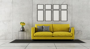 Konkret rum med den gula soffan Royaltyfria Bilder