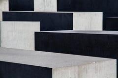 Konkreta kvarter med skugga- och sollek - abstrakt begrepp Royaltyfri Fotografi