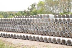 Konkrete Entwässerungrohre Stockfoto