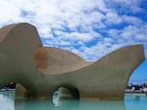 Konkrete Inselskulptur natürlichen Swimmingpools Lago Martianez in Puerto De-La Cruz Tenerife Spain lizenzfreie stockfotografie