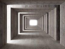 Konkreter Tunnel und seitliche Leuchten Lizenzfreie Stockfotos