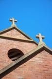 Konkretes Kruzifix x 2 lizenzfreies stockbild