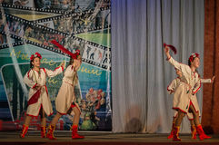Konkurrens av den koreografiska kollektivdansen av liv i staden av Kondrovo av den Kaluga regionen i Ryssland i 2016 Fotografering för Bildbyråer