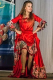 Konkurrens av den koreografiska kollektivdansen av liv i staden av Kondrovo av den Kaluga regionen i Ryssland i 2016 Arkivfoton