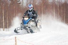 konkurrens tävlings- snowmobile Royaltyfria Foton