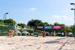 Konkurrenser för ITF-strandtennis arkivfoto