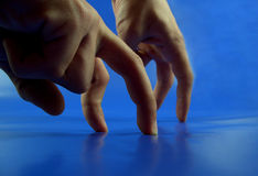 konkurrensfingrar Arkivfoton