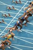 Konkurrenten der 100m Frauen Stockfotografie